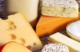 tabella-delle-calorie-dei-cibi-calorie-di-formaggio-latte-yogurt-uova