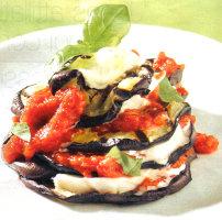 ricette-dietetiche-primi-piatti-ricetta-parmigiana-di-melanzane-light-con-solo-215-calorie-a-porzione