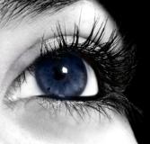 blefaroplastica-superiore-per-le-palpebre-cadenti-e-blefaroplastica-inferiore-per-le-borse-sotto-agli-occhi