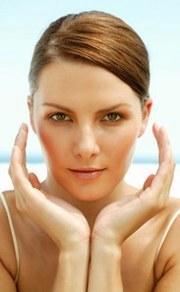 chirurgia-estetica-viso-il-lifting-endoscopico-verticale-del-viso-collo-per-elimiare-le-rughe-e-ringiovanire-il-viso