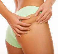 Eliminare cellulite e cuscinetti di grasso localizzato con la Mesoterapia Medicina Estetica anticellulite