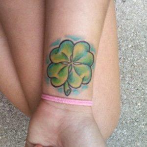 eliminare tatuaggio a colori