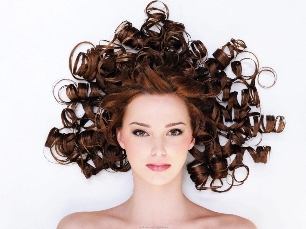 capelli ricci consigli anti crespo