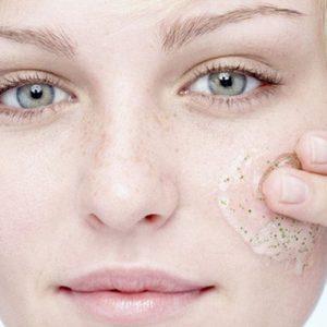 esfoliante viso come si usa